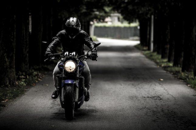 moto dans la ville